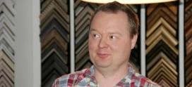 Sami Halttunen: Auktoriteettikammoinen kehystäjä
